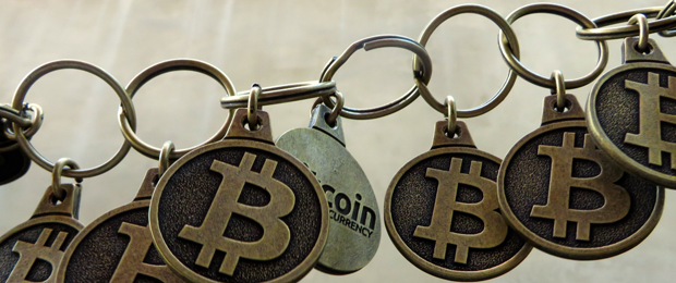 Bitcoin_chain_9179_BTC_Keychain_Flickr