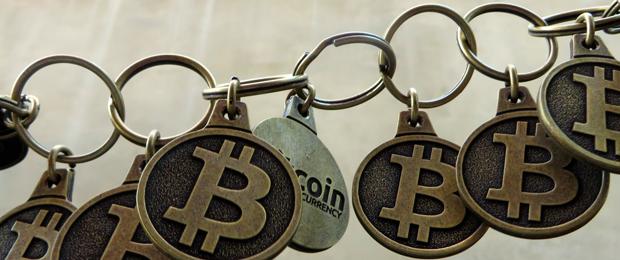 Bitcoin_chain_9179_BTC_Keychain_Flickr