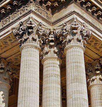 350px-Colonnes_chapiteaux_pantheon