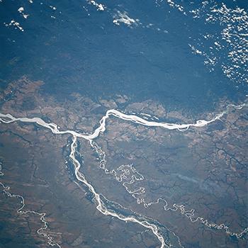 350px-STS61C-36-0029_Orinoco,_Meta_Rivers,_Colombia_and_Venezuela_January_1986