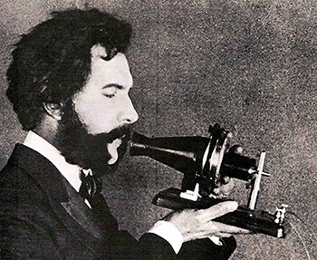 350px-Actor_portraying_Alexander_Graham_Bell_in_an_AT&T_promotional_film_(1926)