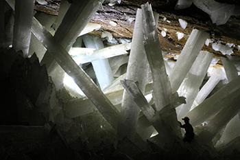350px-Cristales_cueva_de_Naica